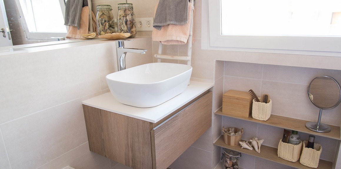 5 Tips To Organize Your Bathroom